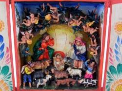 |ペルーの箱型祭壇 レタブロ
