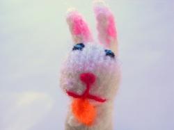 指人形 兎